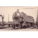 LES LOCOMOTIVES FRANCAISES - MACHINE 42-016 - CONSTRUITE EN 1922.
